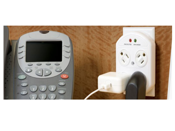 Rotating 4-Outlet Surge Protector