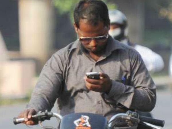 ಅಪಘಾತಗಳು–2016..ಚಾಲನೆಯಲ್ಲಿ ಮೊಬೈಲ್ ಬಳಸಿ 2,100 ಸಾವು!!.