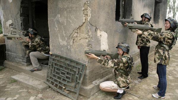 'ಲೇಸರ್ AK-47' ತಯಾರಿಸಿ ಕಾಲ್ಪನಿಕ ಗನ್ ಅನ್ನು ನಿಜ ಮಾಡಿದ 'ಚೀನಾ'!!