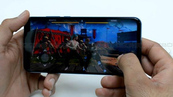 ಮೊದಲ ನೋಟದಲ್ಲಿಯೇ ಮನಸೆಳೆಯುವ 'ಹಾನರ್ ವ್ಯೂವ್ 20' ಸ್ಮಾರ್ಟ್ಫೋನ್!