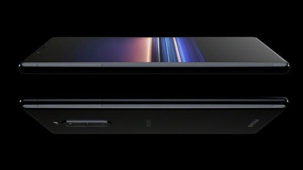 ಸೋನಿ 'ಎಕ್ಸ್ಪಿರಿಯಾ 1':ವಿಶ್ವದ ಮೊದಲ '4K OLED' ಡಿಸ್ಪ್ಲೇ ಸ್ಮಾರ್ಟ್ಫೋನ್.!!