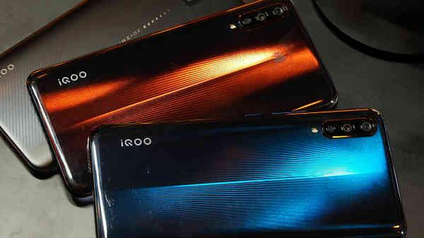 12GB RAMನ ವಿವೋ iQOO ಸ್ಮಾರ್ಟ್ಫೋನ್ ರಿಲೀಸ್; ಗೇಮ್ಸ್ಗೆ ಇಲ್ಲ ಅಡೆತಡೆ!