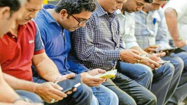 ವಿಶ್ವದಲ್ಲೇ ಅತಿ ಹೆಚ್ಚು ಮೊಬೈಲ್ ಡೇಟಾ ಬಳಕೆ ಮಾಡುತ್ತಿದ್ದಾರೆ ಭಾರತೀಯರು!!