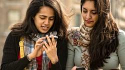 ಭಾರತೀಯ ಕಾಲೇಜು ವಿದ್ಯಾರ್ಥಿಗಳು ದಿನಕ್ಕೆ ಎಷ್ಟು ಬಾರಿ ಮೊಬೈಲ್ ಚೆಕ್ ಮಾಡ್ತಾರೆ ಗೊತ್ತಾ?
